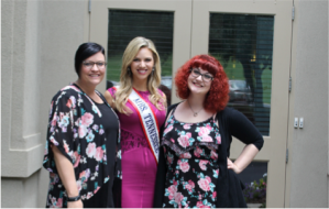 Mrs. Tennessee America Cheryl Brehm (middle) with Mercy grads Canaan (left) and Madison (right) at Nashville luncheon.