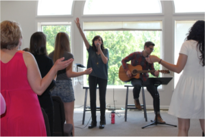 Battistelli opened her visit to the Nashville Mercy home by leading the residents in a time of worship.