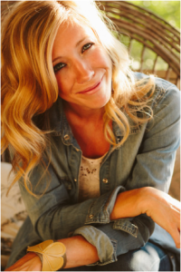 Ellie Holcomb will serve as guest worship leader during the Saturday sessions of The Freedom Experience.