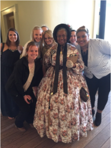 Mercy residents with period character at President Lincoln's Springfield, IL home