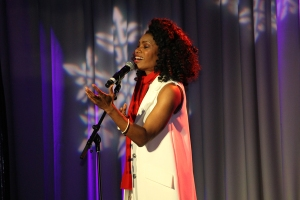 "Nicole C. Mullen singing ""My Redeemer Lives"""